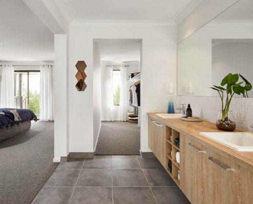 Granada modern bathroom area