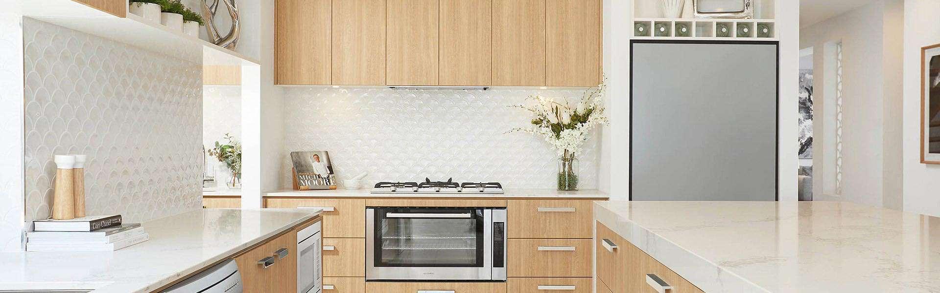 Beautiful spacious kitchen   Omni Built Homes